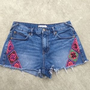 Free People Denim Embroidered Size 26